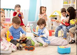 Kids playing in a Creech